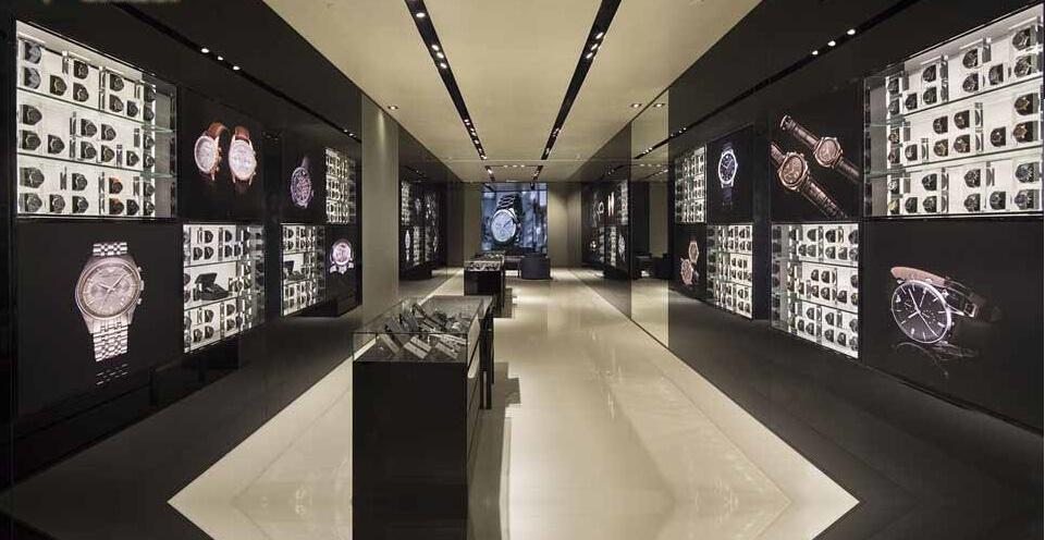 Kinh nghiệm mua đồng hồ Thụy Sỹ qua việc chọn cửa hàng