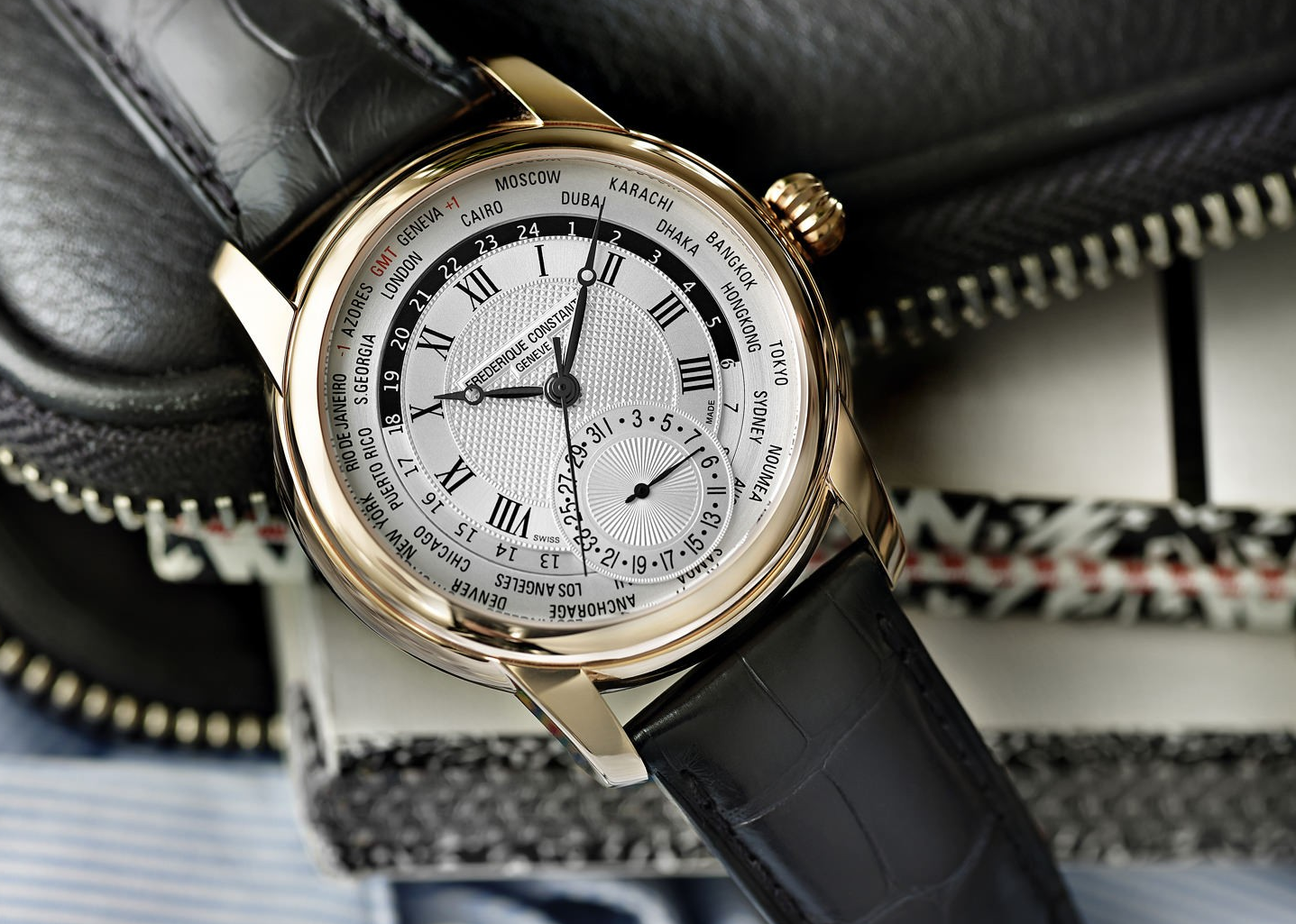 cách nhận biết đồng hồ chính hãng qua bề ngoài