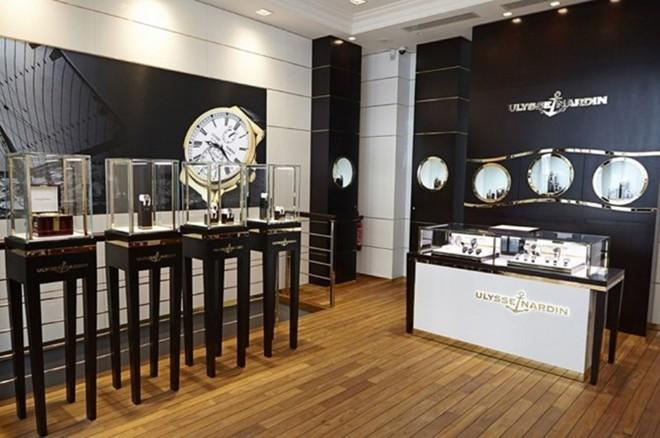 Tiêu chí đánh giá cửa hàng đồng hồ Thụy Sỹ