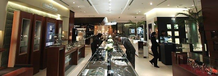 cửa hàng bán đồng hồ thụy sỹ