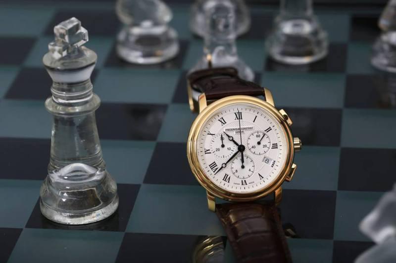 Top 5 mẫu đồng hồ FC quý ông khao khát nhất
