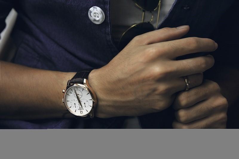 Đồng hồ Tissot dây da với phong cách trẻ trung