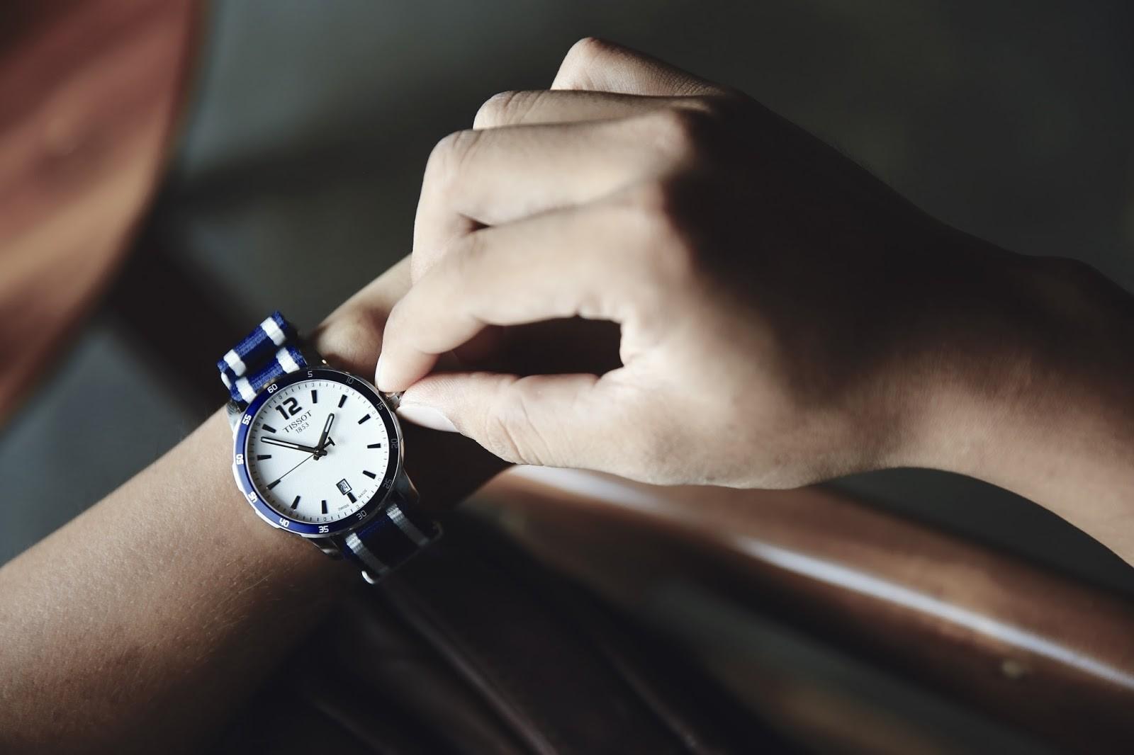 bán đồng hồ Thụy Sỹ chính hãng