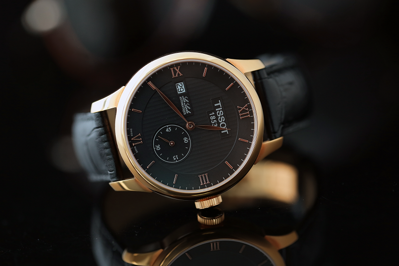 Nhịp đập cổ điển bên trong chiếc đồng hồ Tissot Le Locle Automatic