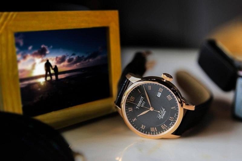 3 mẫu đồng hồ Tissot dây da nam phái mạnh không thể bỏ qua