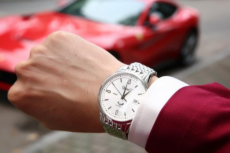3 hình mẫu đồng hồ Ogival chính hãng sống mãi cùng thời gian