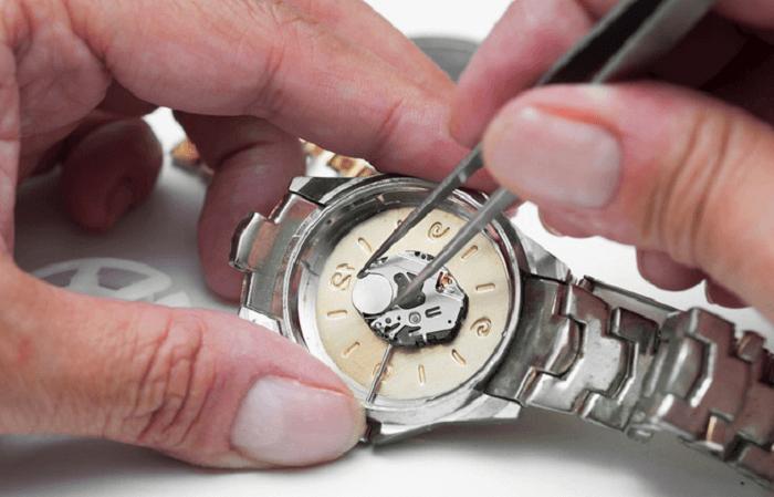 sửa chữa đồng hồ thụy sỹ ở hà nội