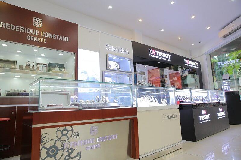 cửa hàng đồng hồ Thụy Sỹ tại TPHCM