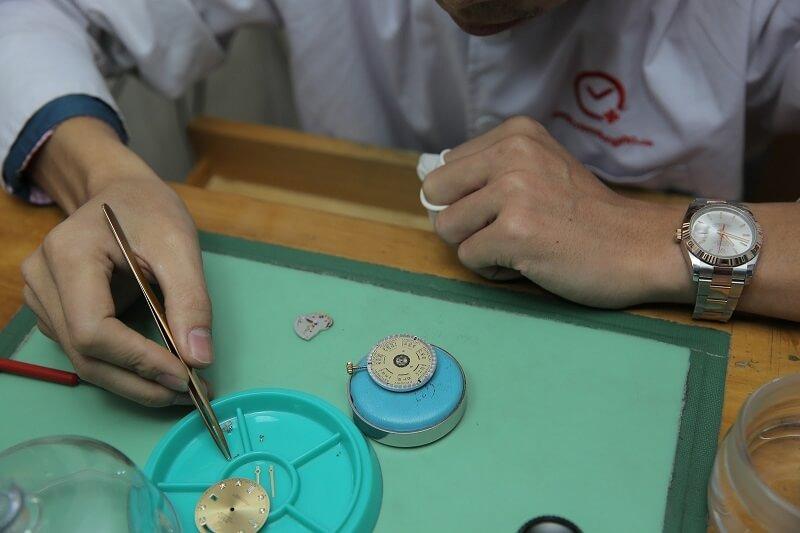3 điều cần biết về cửa hàng đồng hồ Thụy Sỹ tại TPHCM