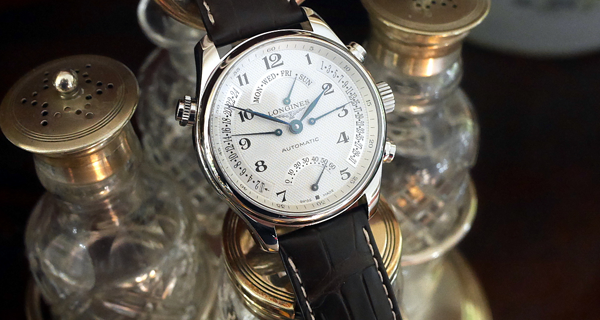 Bí mật đằng sau các loại máy đồng hồ đeo tay