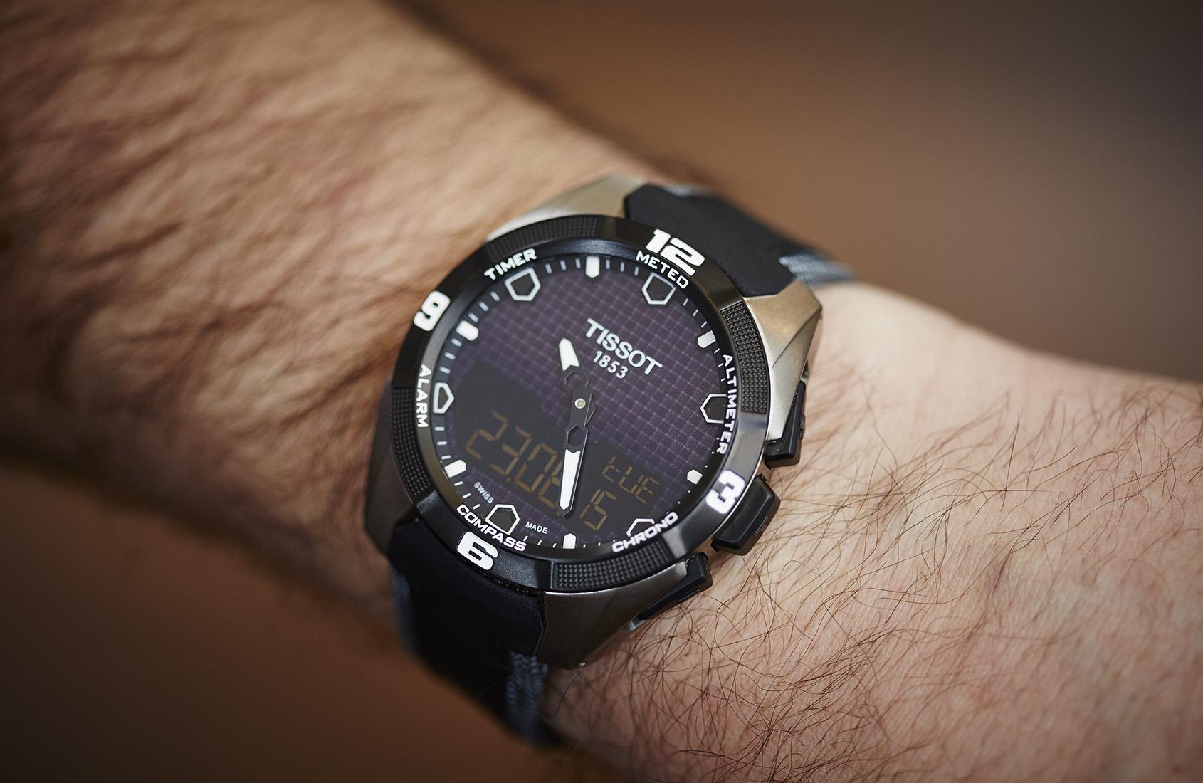 các loại máy đồng hồ đeo tay - đồng hồ quartz