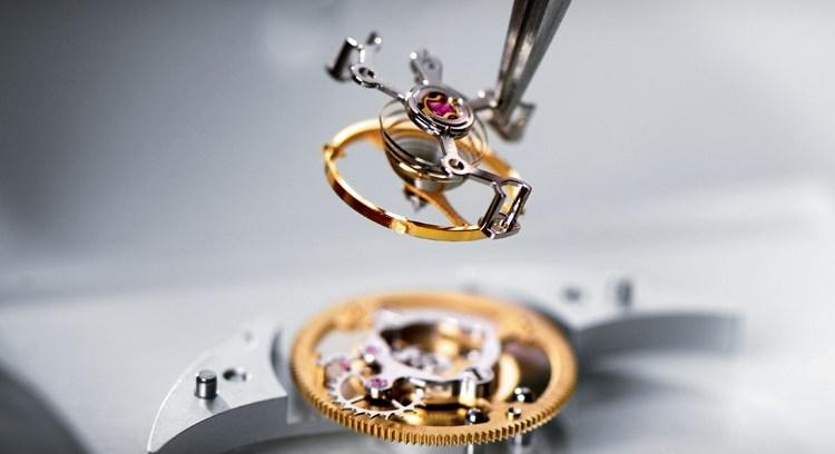 những phân khúc máy đồng hồ ETA phức tạp