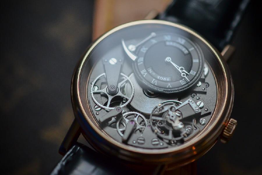Kiệt tác từ các hãng đồng hồ nổi tiếng thế giới