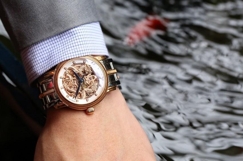 Uy lực từ những mẫu đồng hồ Ogival phiên bản rồng