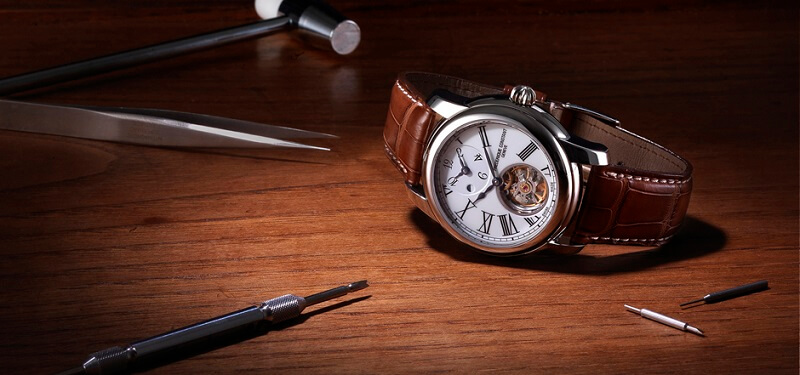 Cỗ máy in house bên trong mỗi chiếc đồng hồ Frederique Constant