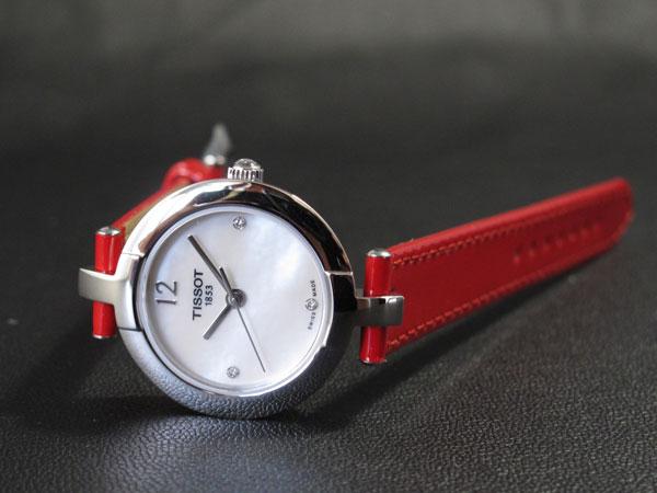 Đồng hồ nữ Tissot 1853 đã hớp hồn phái nữ như thế nào?
