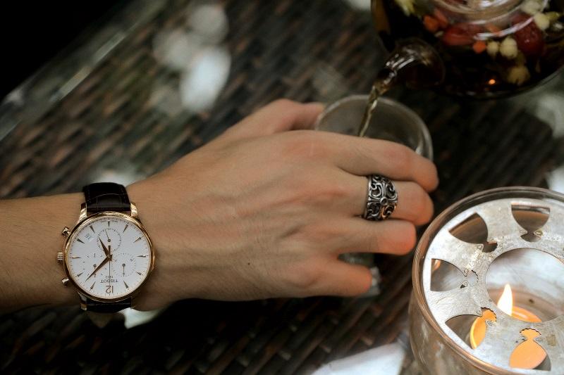 Đồng hồ Tissot chronograph