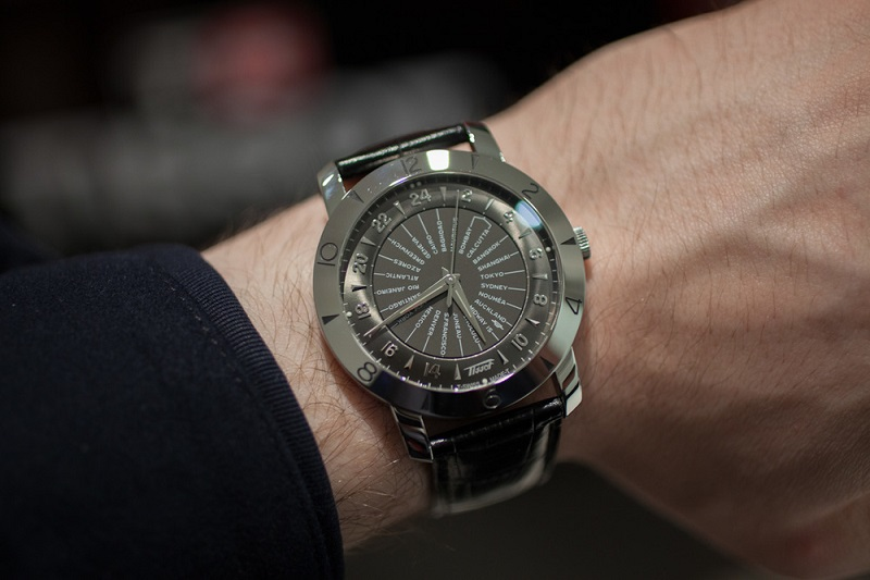 Đồng hồ Tissot Navigator