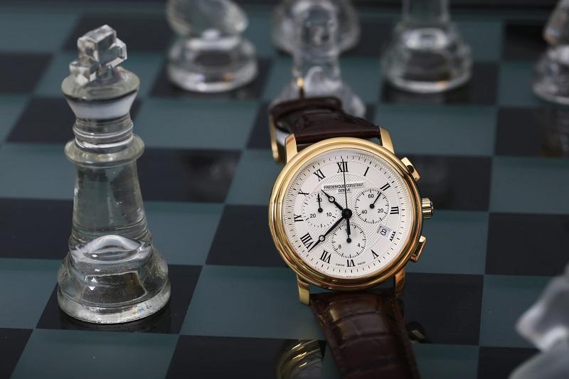 mẫu đồng hồ frederique constant Thụy Sĩ hiện đại
