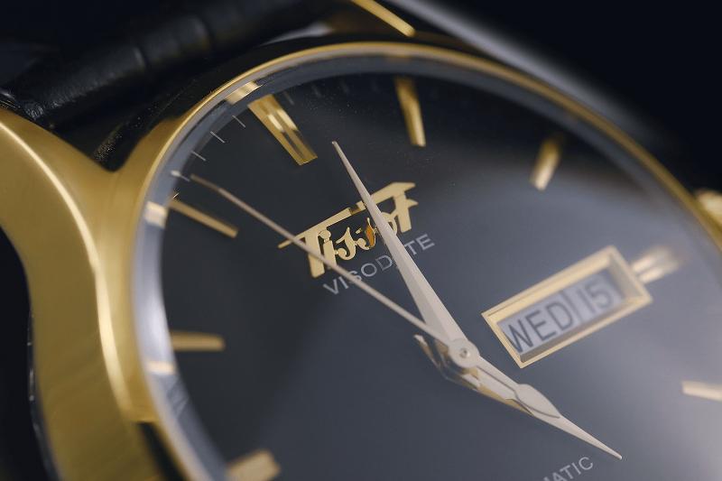 phân biệt đồng hồ Tissot chính hãng và fake